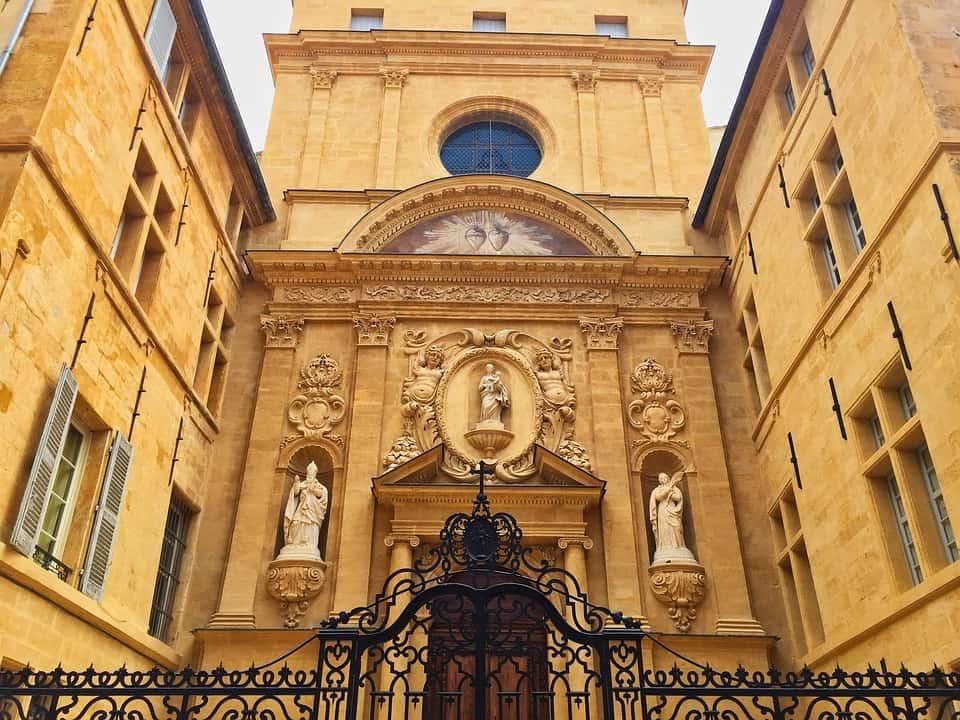 aix-en-provence-3293695_960_72.jpeg